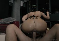 Squirting While Facefucked